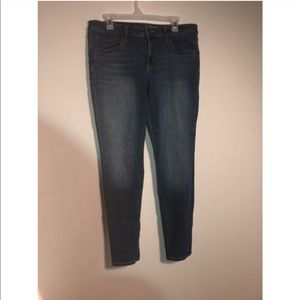 UNIVERSAL THREADS Size 14/32R Jeans